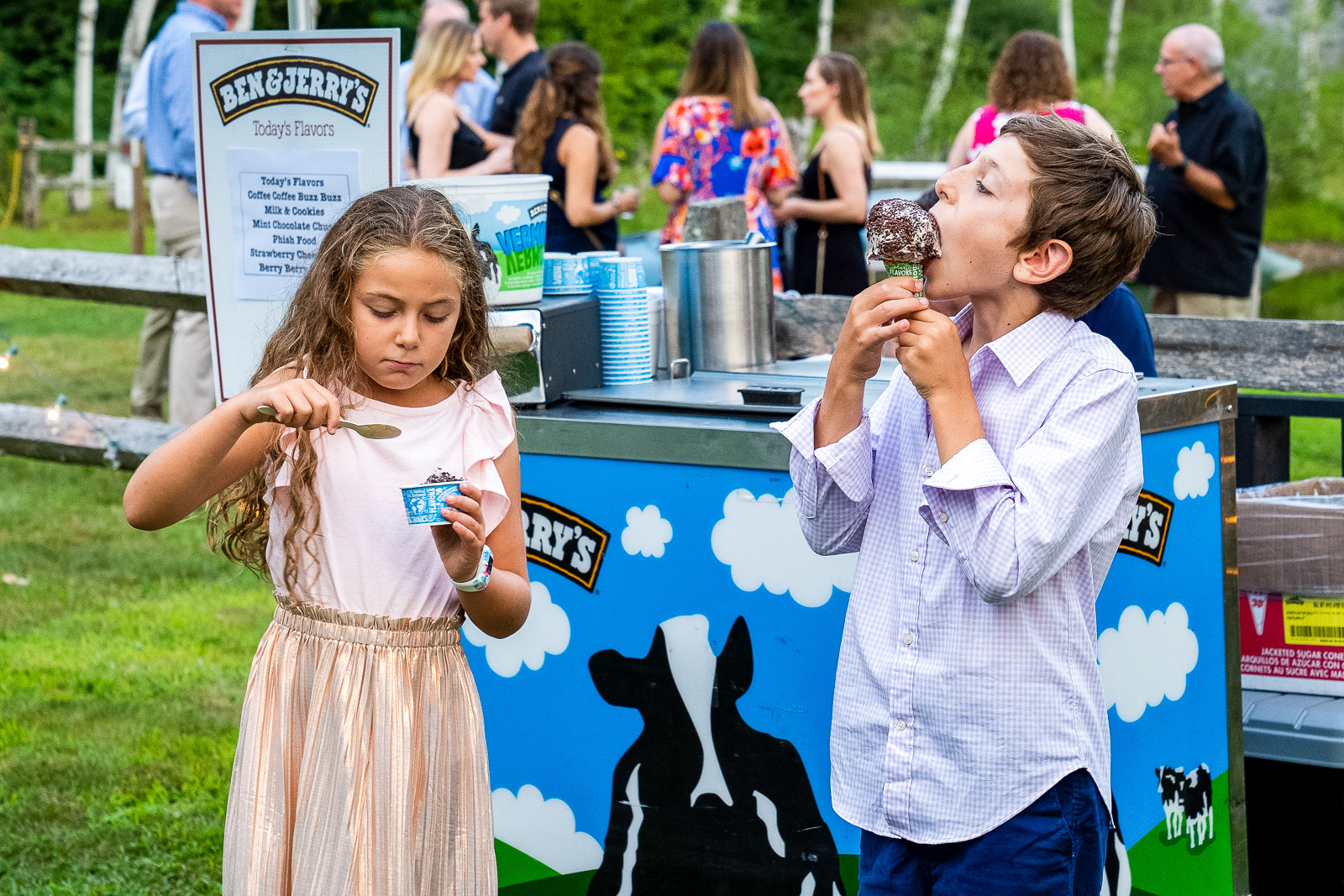 Ben and Jerrys wedding cart